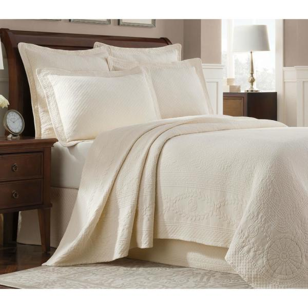 Royal Heritage Home Williamsburg Abby Ivory King Coverlet 048975015476