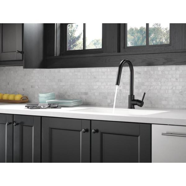 Peerless Precept Single Handle Pull Down Sprayer Kitchen Faucet In Matte Black P188152lf Bl The Home Depot
