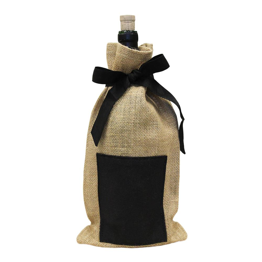 Epicureanist Jute Chalkboard Wine Bag (Set of 4) Perfect for a wine tasting or gifting your favorite wine to a friend. The Epicureanist Jute Chalkboard Wine Bag is made of Jute, an eco-friendly and reusable material. This wine bag features a small black chalkboard for customizing your own message or design.