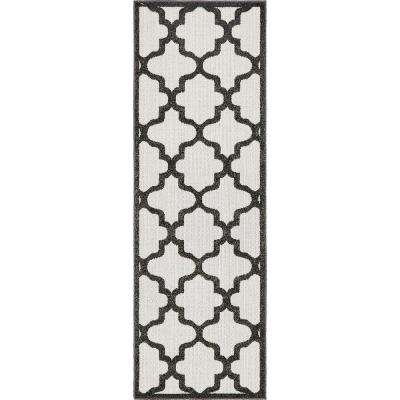 Indoor/Outdoor Tulsa Black 2' 0 x 6' 0 Runner Rug