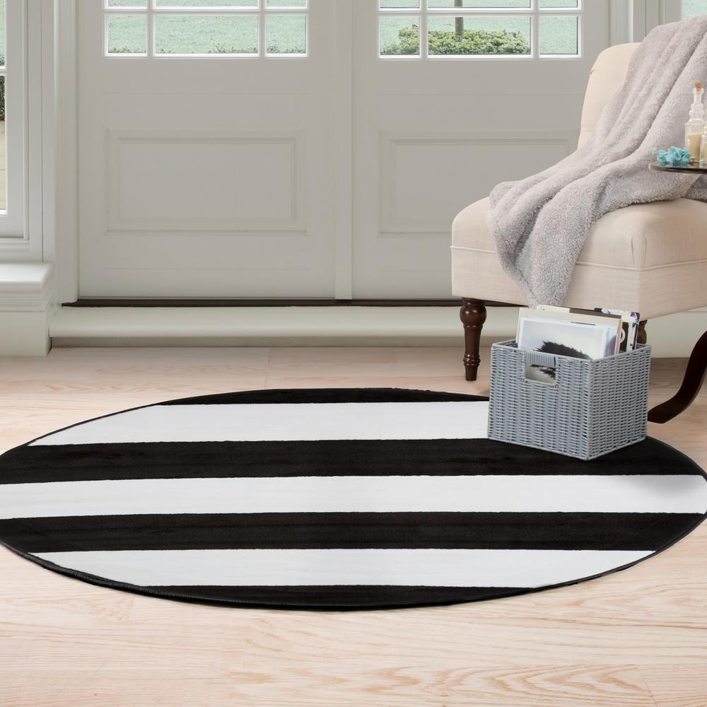 Brenton Stripe Black and White 5 ft. x 5 ft. Round Area Rug