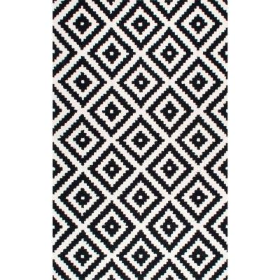 Kellee Contemporary Black 4 ft. x 6 ft.  Area Rug