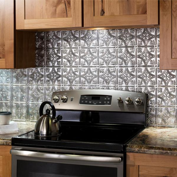 Fasade 18 25 In X 24 25 In Crosshatch Silver Traditional Style 1 Pvc Decorative Backsplash Panel B50 21 The Home Depot