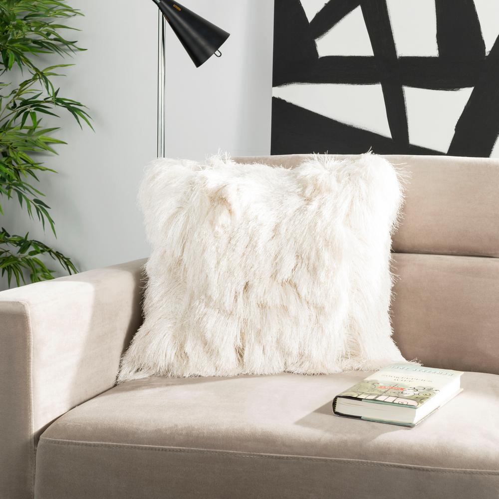 Safavieh Cali Shag Standard Pillow PLS735B-1220