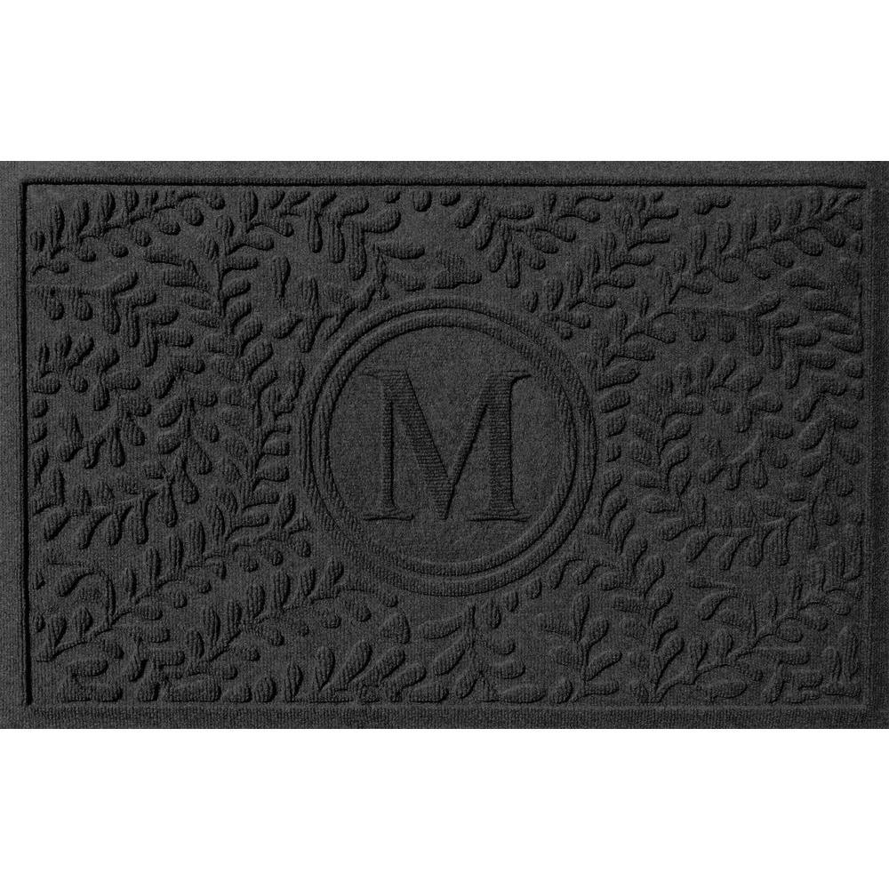 Bungalow Flooring Boxwood Charcoal 24 in. x 36 in. Monogram M Door Mat