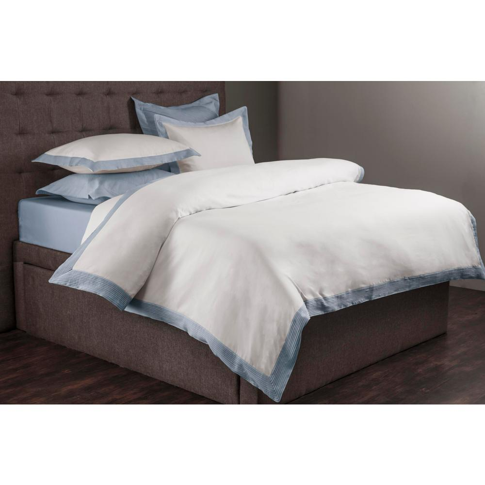 Morgan White and Blue King Duvet Set