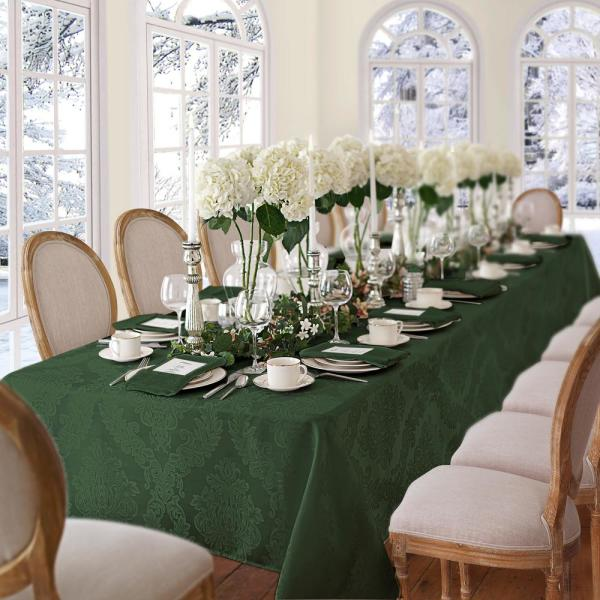Elrene 60 in. W x 84 in. L OvaL Hunter Elrene Barcelona Damask Fabric Tablecloth