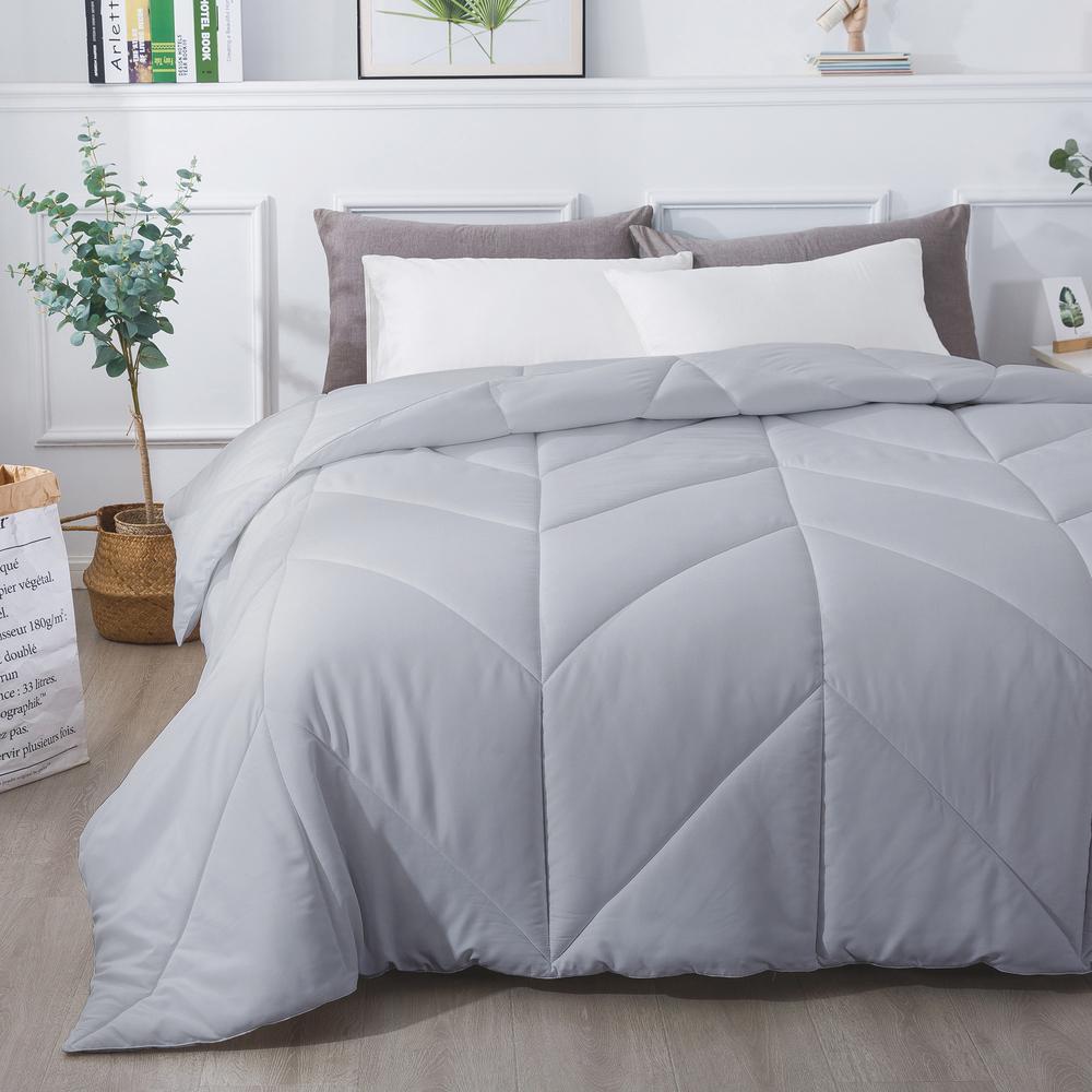 Chevron Stitch All Season Glacier Grey King Down Alternative Comforter P2020 0199 K G The Home Depot
