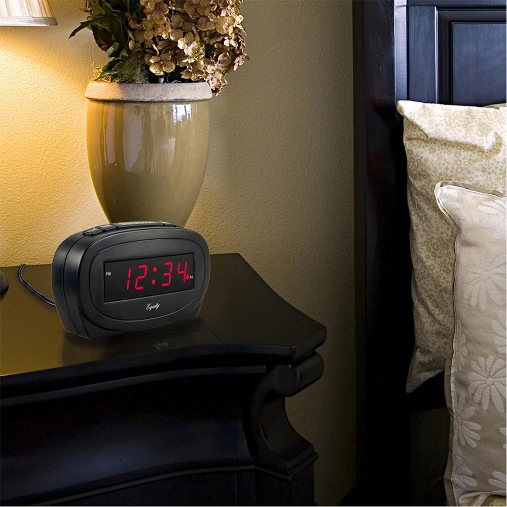 Digital 0.60 in. Red LED Electric Black Alarm Table Clock