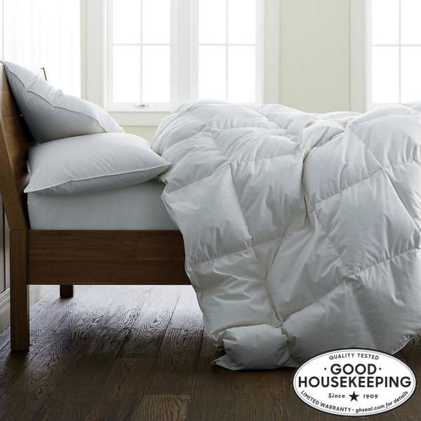Light Warmth White Full Down Comforter with Organic Cotton Cover