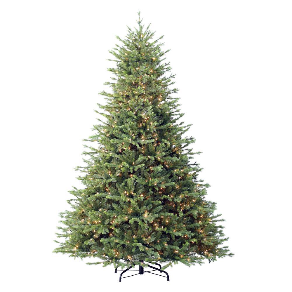 Grand Christmas Tree: Puleo International 7.5 Ft. Pre-Lit Northern Fir Majestic