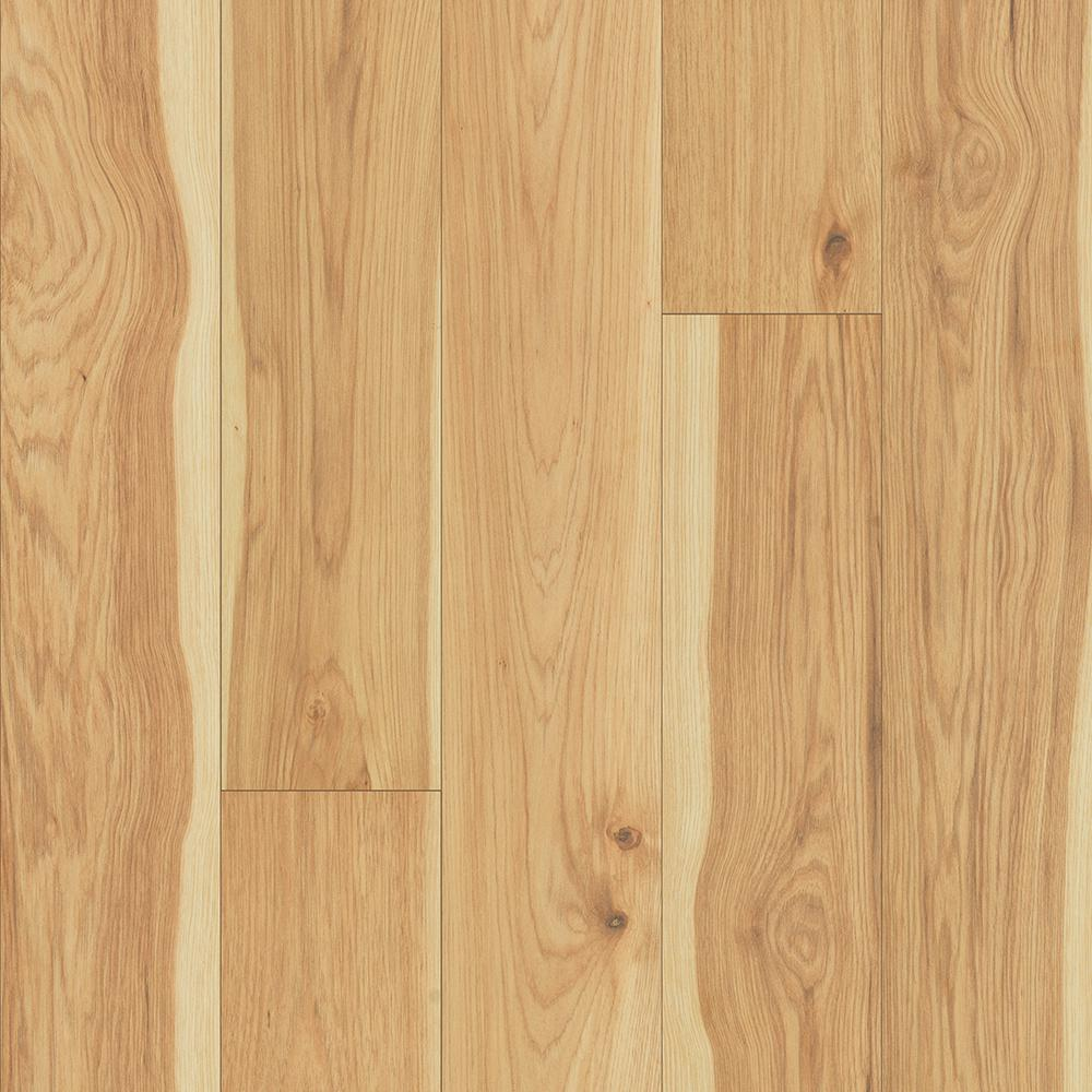 Pergo Take Home Sample Outlast Arden Blonde Hickory Laminate Flooring 5 In X 7 In Pe 404015 The Home Depot