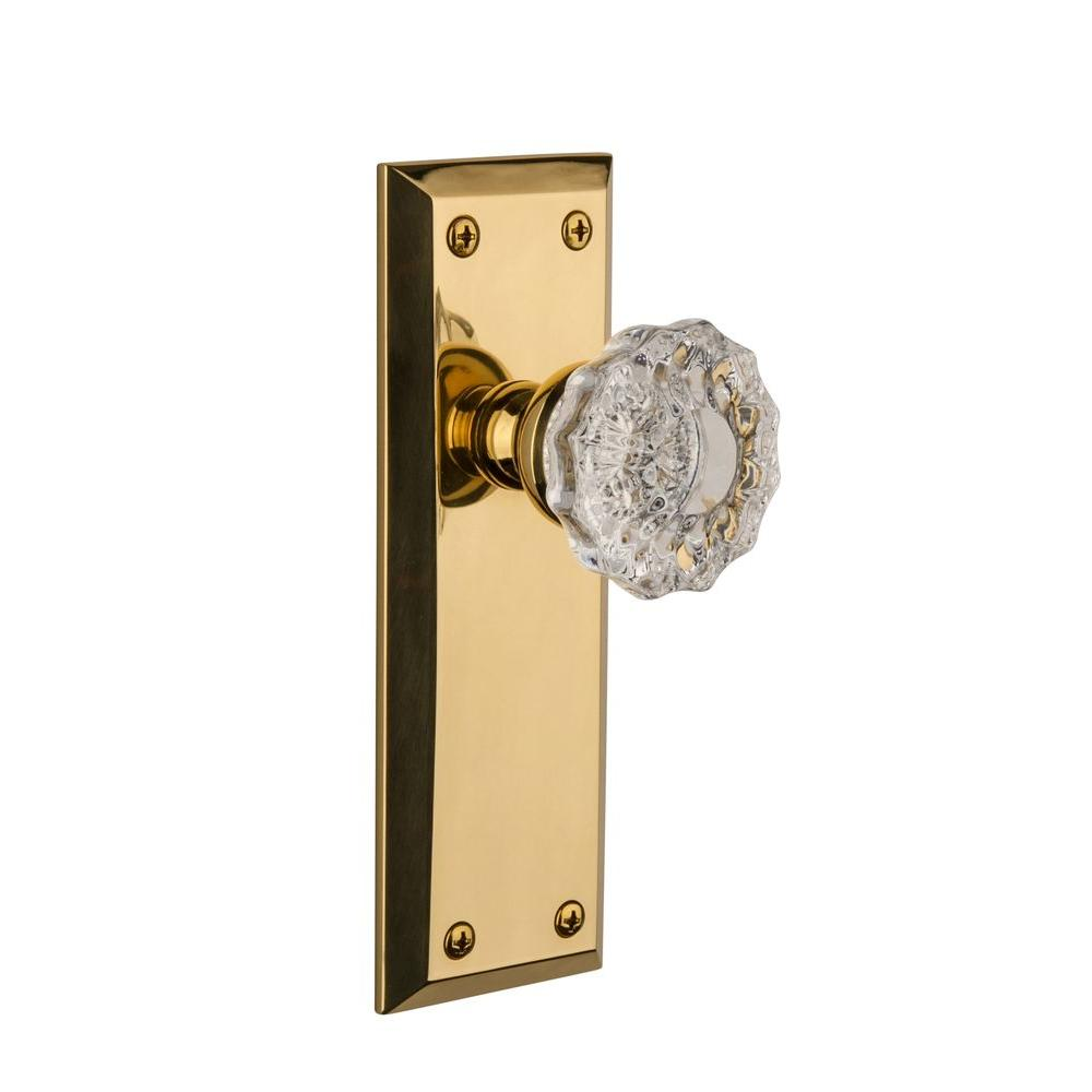 Grandeur Fifth Avenue Lifetime Brass Plate with Privacy Fontainebleau Knob