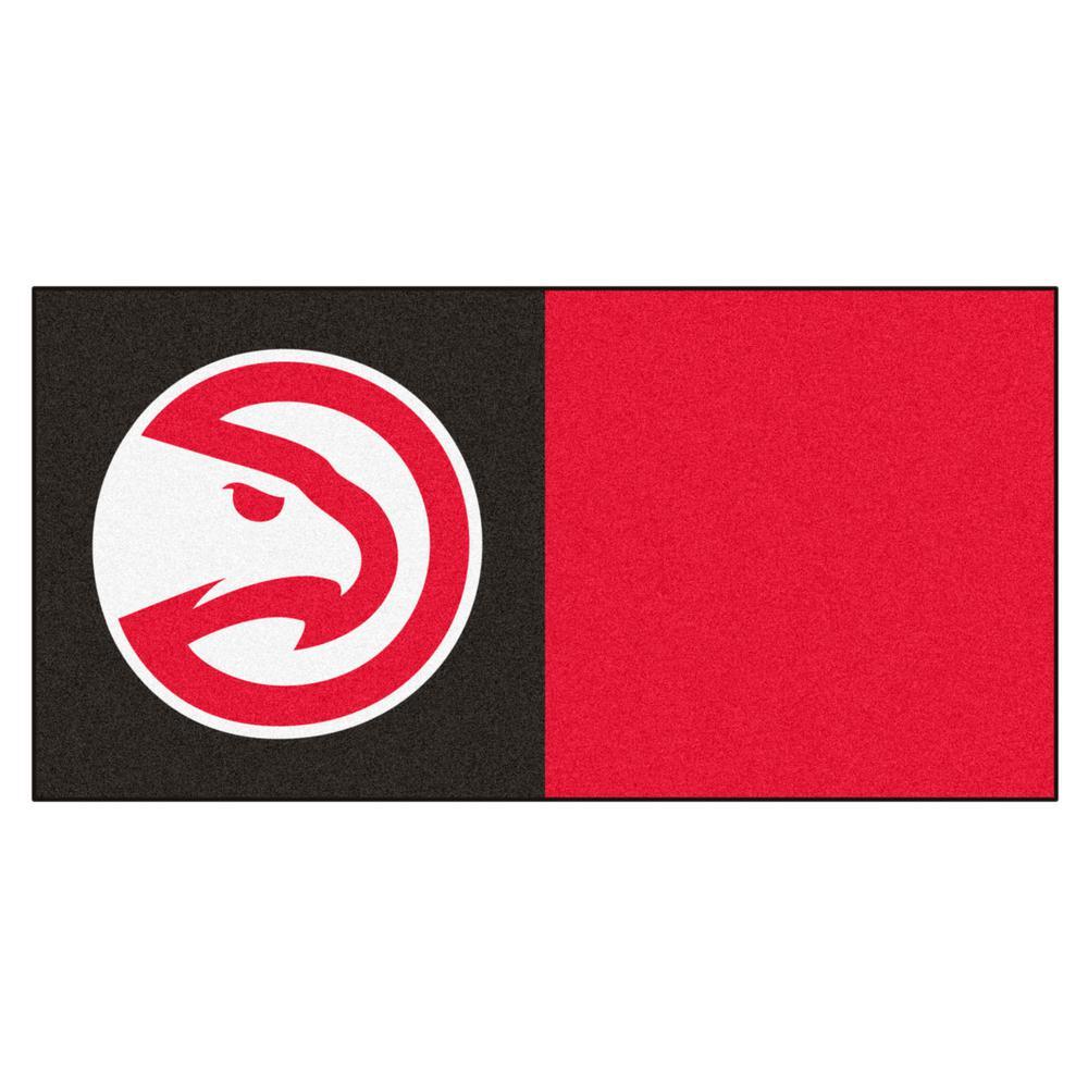 NBA Atlanta Hawks Blue and Red Pattern 18 in. x 18