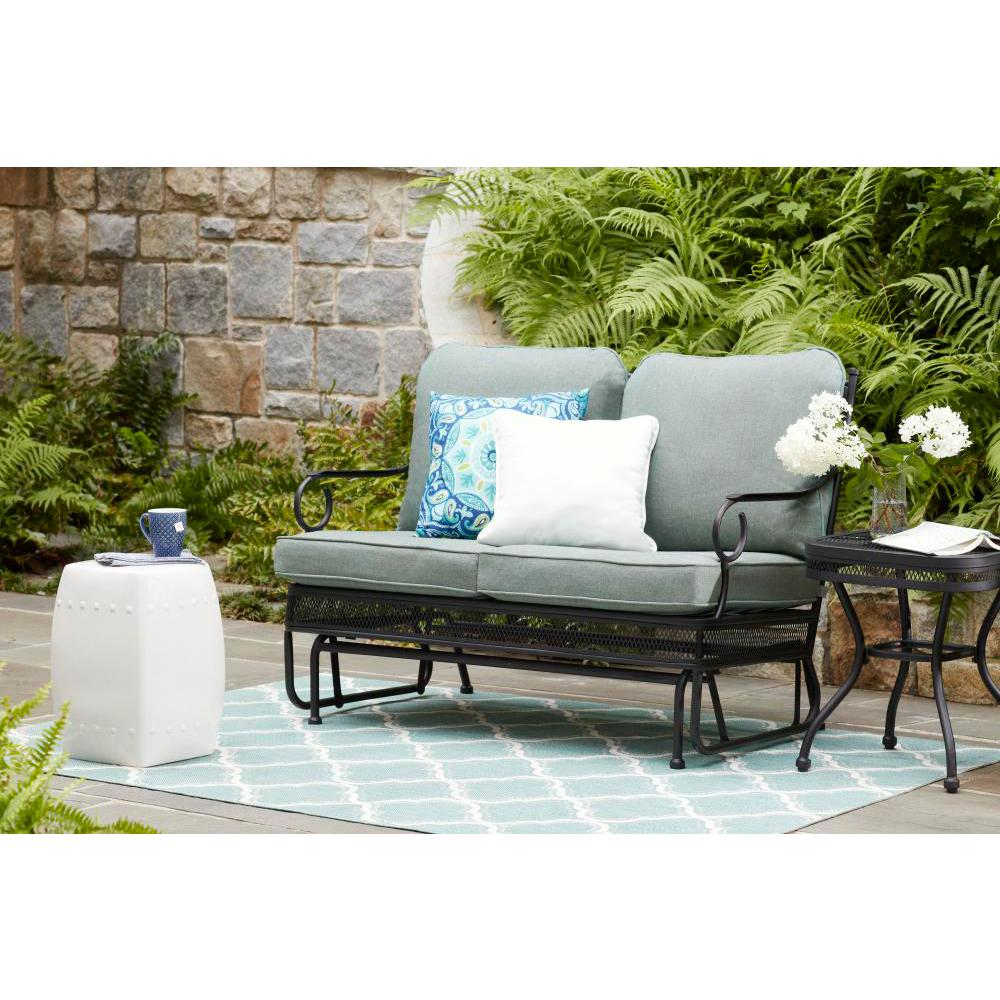 Hampton Bay Amelia Springs Outdoor Glider With Spa Cushions