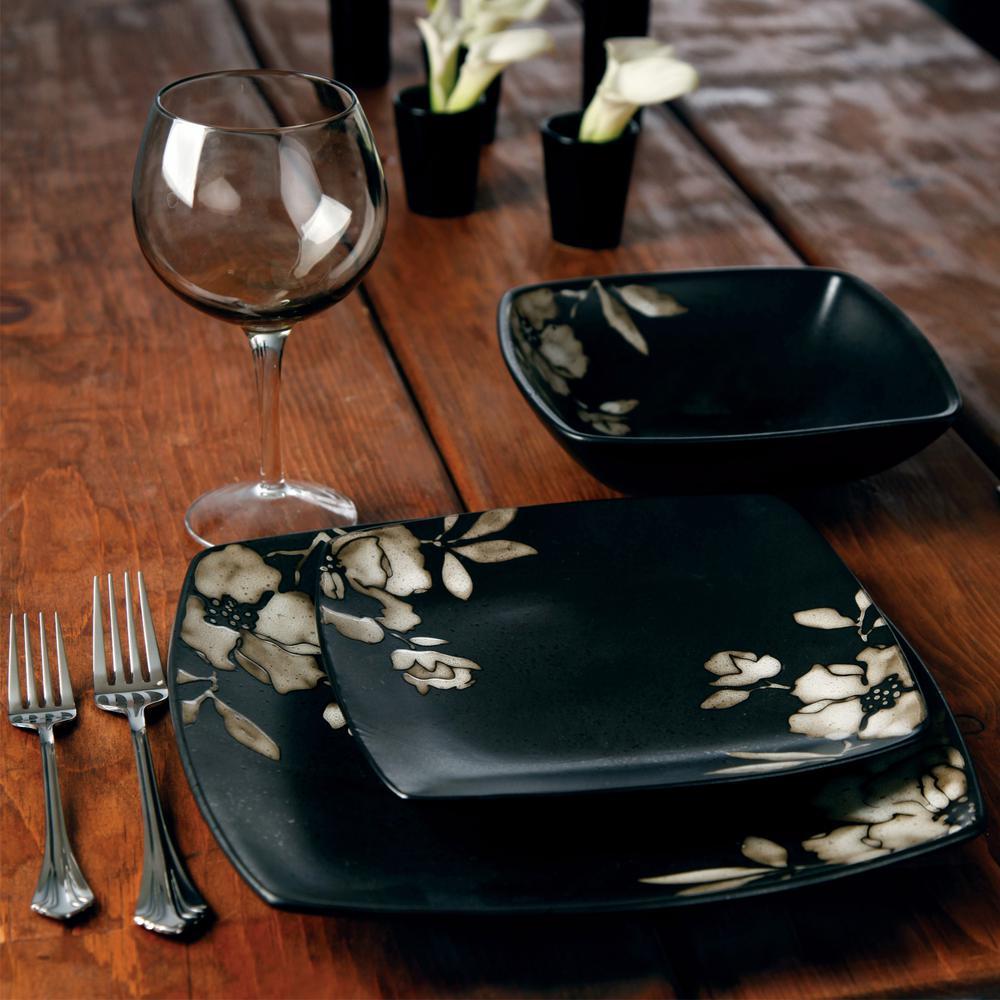 Lanark 16-Piece Black Dinnerware Set
