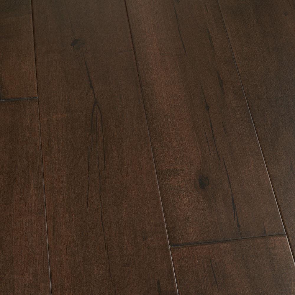 Malibu Wide Plank Take Home Sample Maple Zuma Engineered Click Hardwood Flooring 5 In. X 7 In.