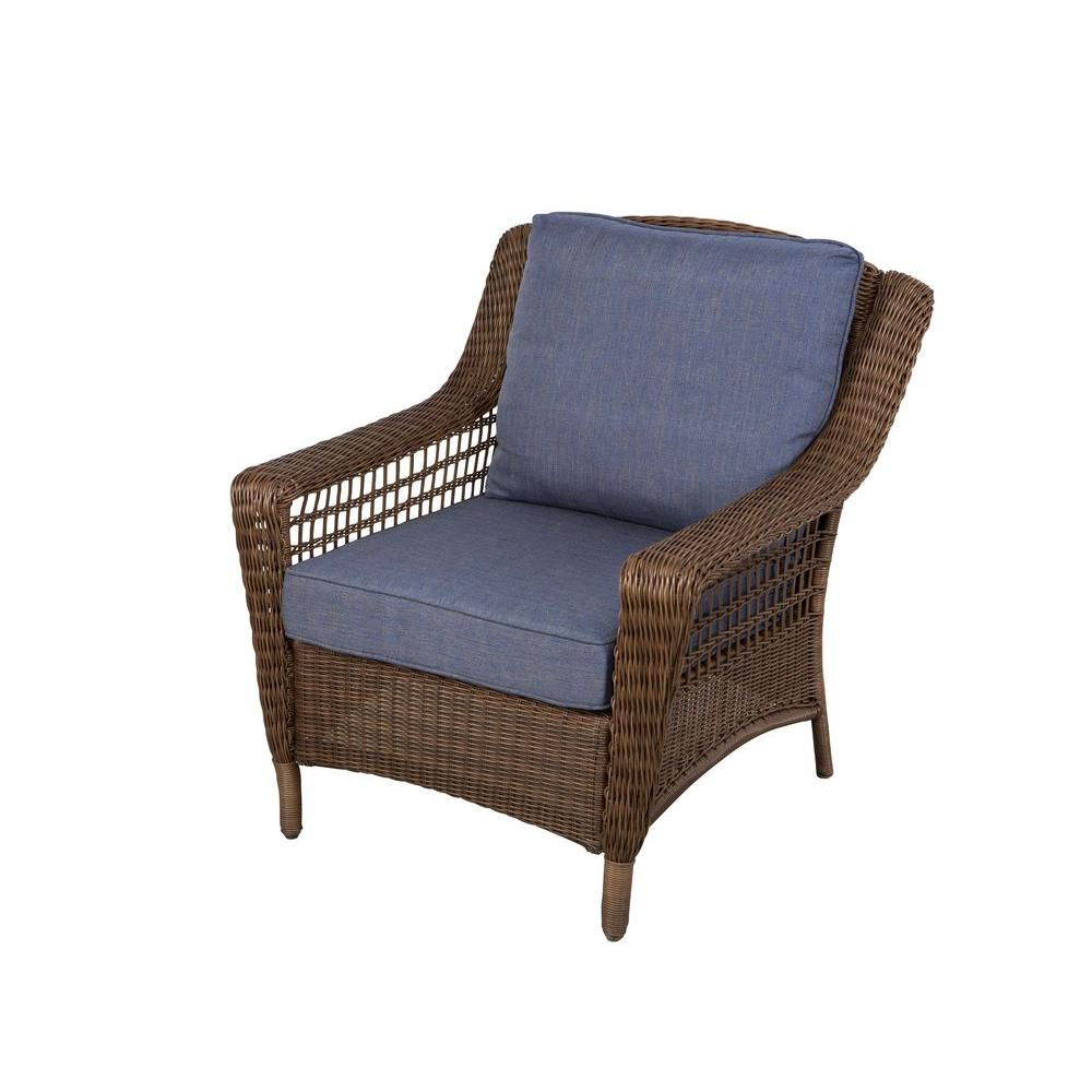 Hampton bay spring haven brown all weather wicker patio lounge chair with sky blue cushions
