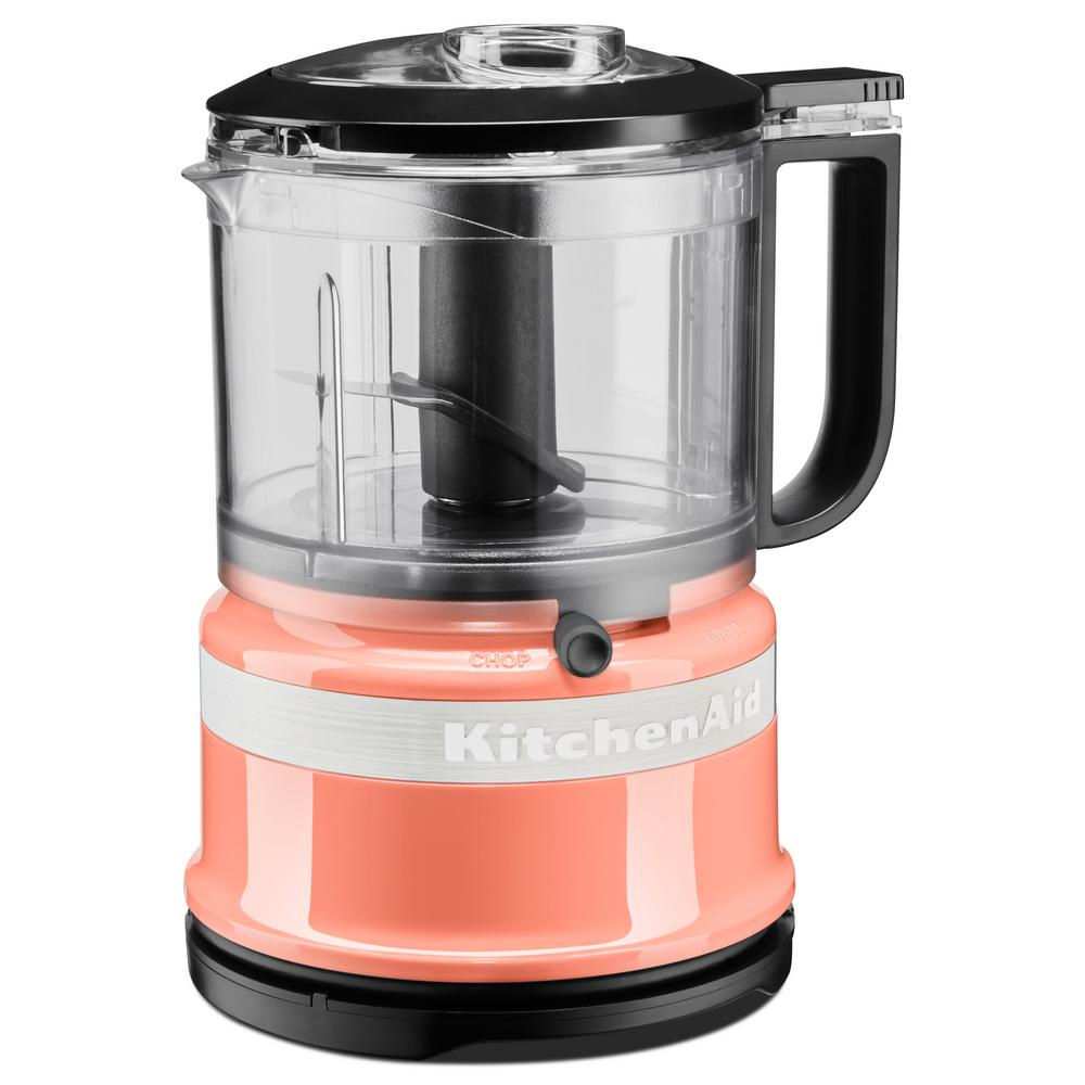 3.5-Cup Mini Food Processor, Pink Endless fresh options to quickly chop, mix and puree. This compact and lightweight 3.5-cup Food Chopper is ideal for everyday use. It is great for health options - such as pico de gallo and pesto, when you want to be creative, or just to save time on everyday meal prep. Color: Pink.