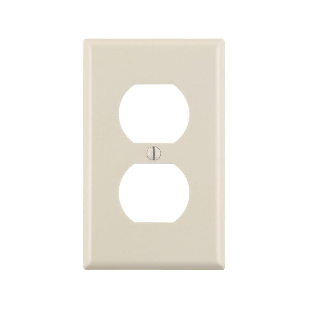 Leviton 1-Gang Duplex Outlet Wall Plate, Light Almond