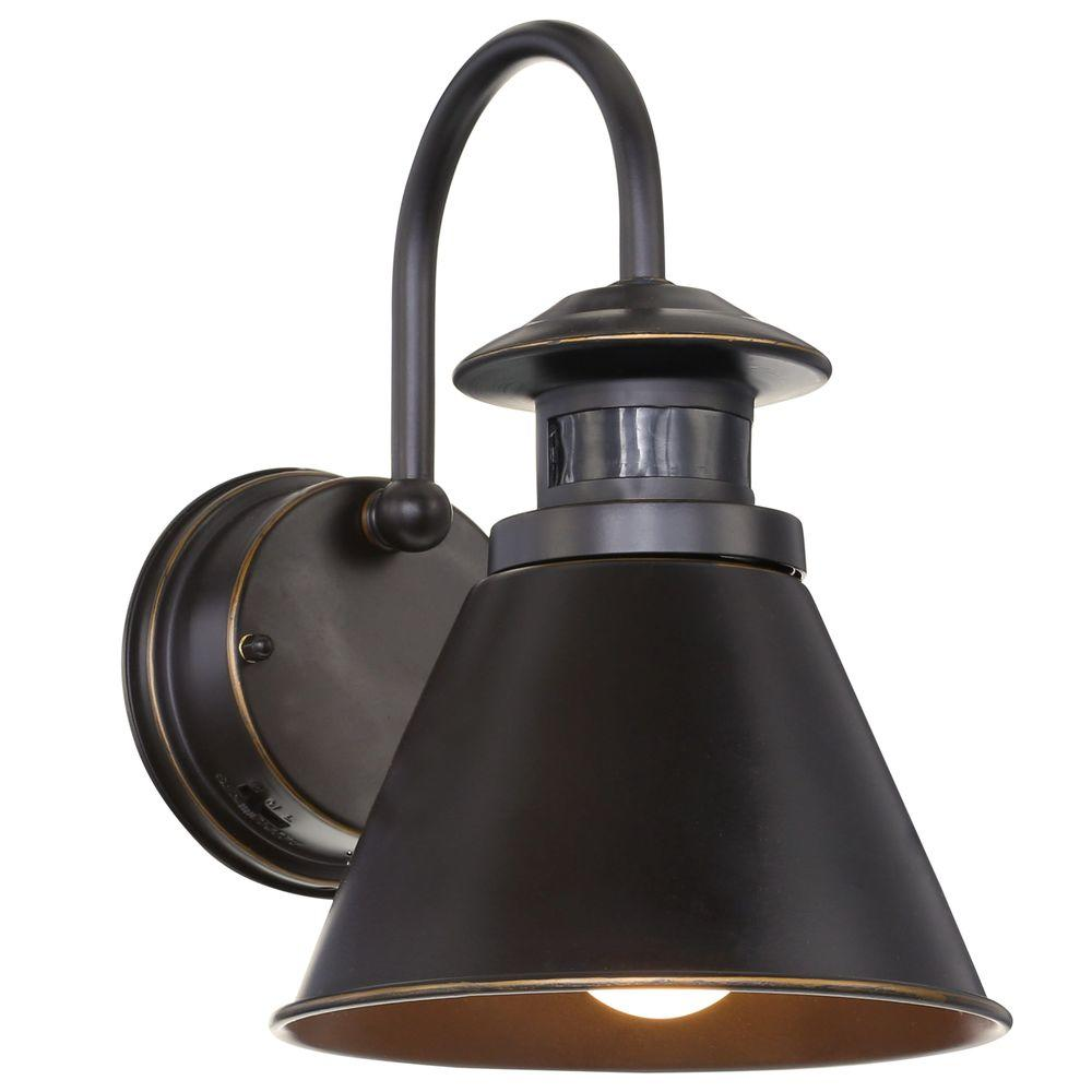 Hampton bay 180 degree oil rubbed bronze motion sensing outdoor wall hampton bay 180 degree oil rubbed bronze motion sensing outdoor wall lantern mozeypictures Gallery
