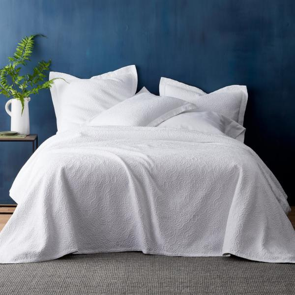 The Company Store Westminister Cotton Matelasse Twin Coverlet in White