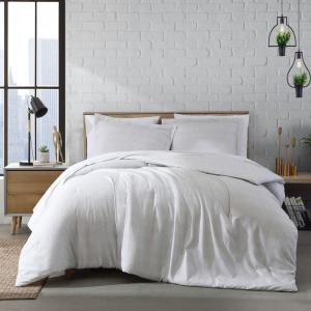 Cedar 3-Piece Gray Solid Reversible Plush Microfiber Full/Queen Comforter Set