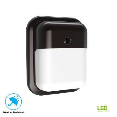 Bronze Outdoor Integrated LED Wall Pack Light with 1000 Lumens and Dusk-to-Dawn Photocell