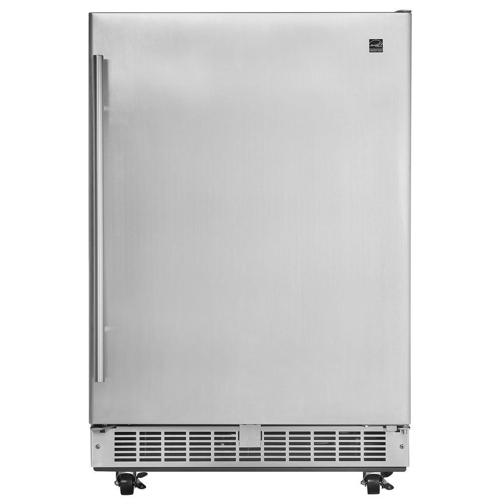 Silhouette Professional 5 Cu Ft Outdoor Rated Mini Fridge In Stainless Steel
