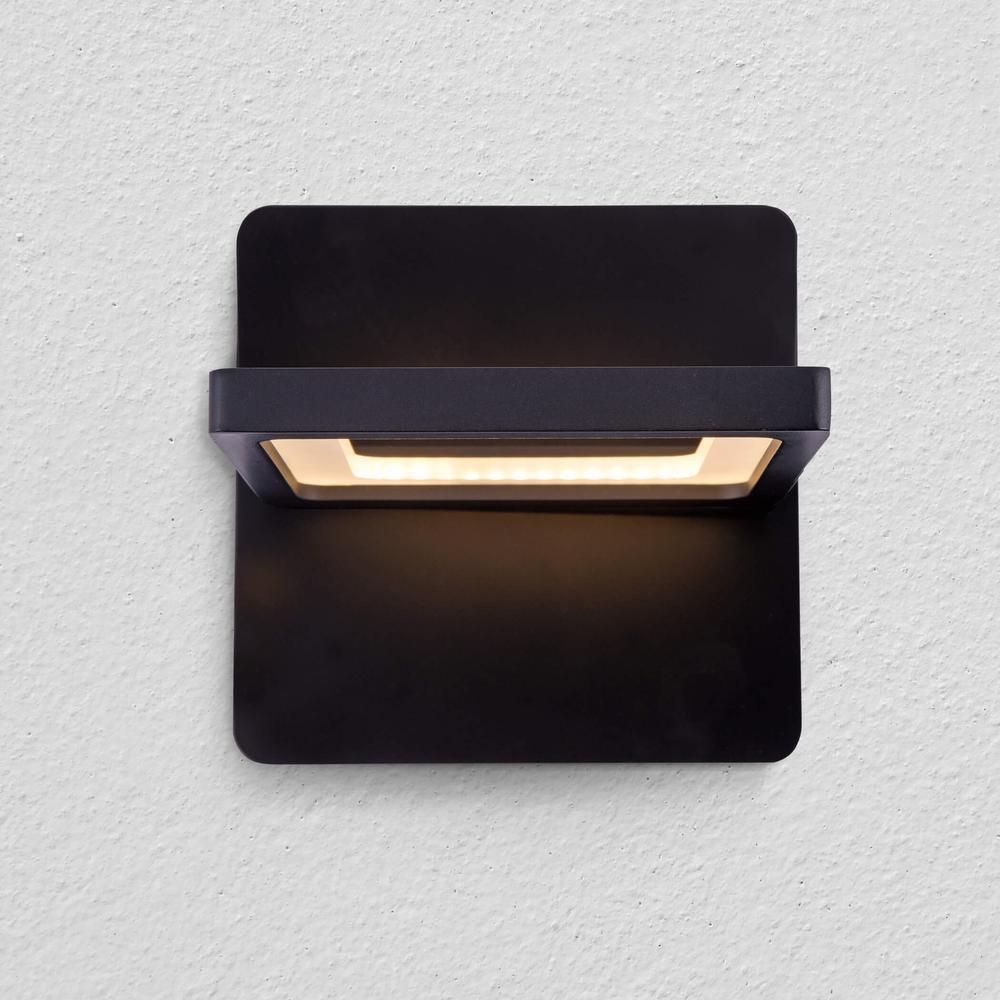 Atria 10-Watt Black Integrated LED Sconce