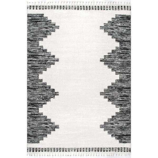 Nuloom Trista Plush Contemporary Tassel Beige 4 Ft X 5 Ft 6 In Indoor Area Rug Psim03a 4056 The Home Depot
