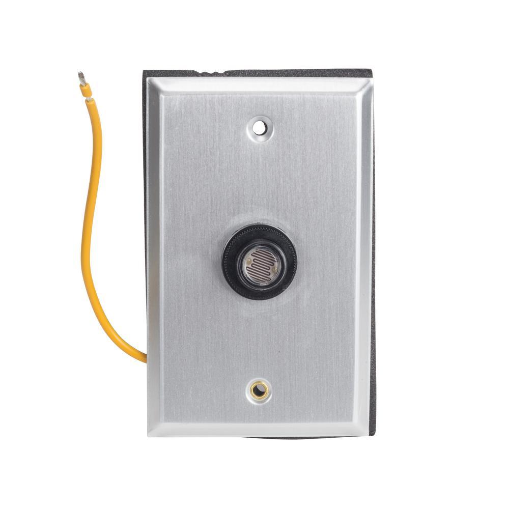 120-Volt 2000-Watt SPST Black Flushmount Lexan Housing Photo Control