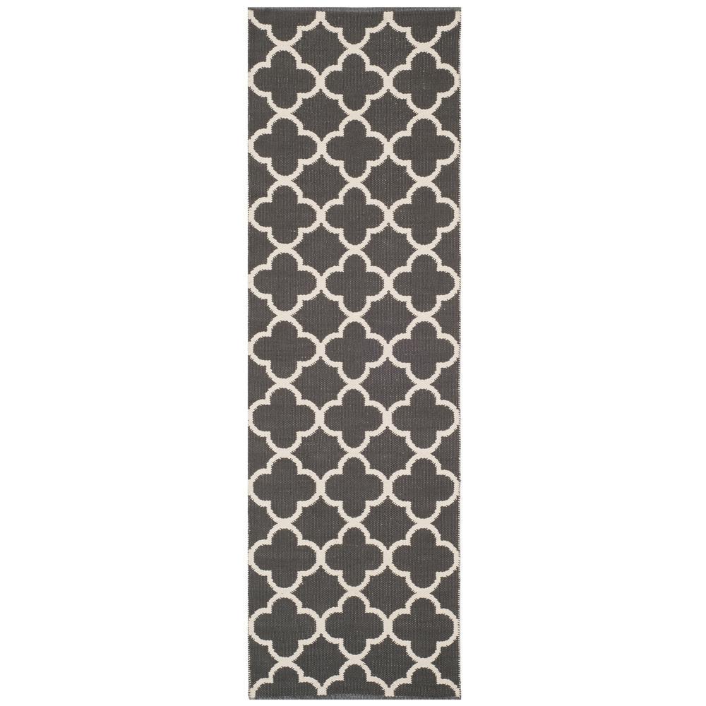 Safavieh Montauk Dark Gray/Ivory 2 ft. 3 in. x 7 ft. Runner Rug