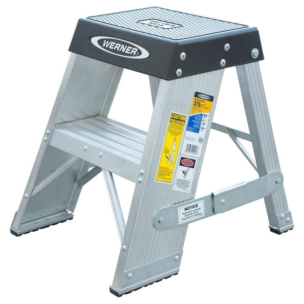 Werner 2 Ft Aluminum Step Ladder With 375 Lb Load