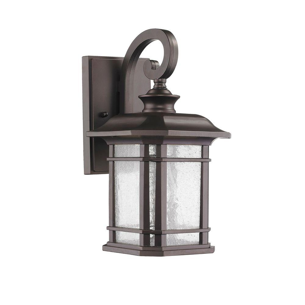 Chloe Lighting Franklin Transitional 1-Light Outdoor Rubbed Bronze Wall Sconce