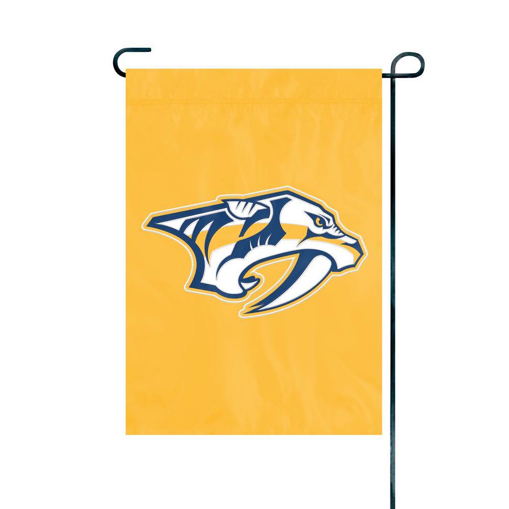 Nashville Predators Premium Garden Flag