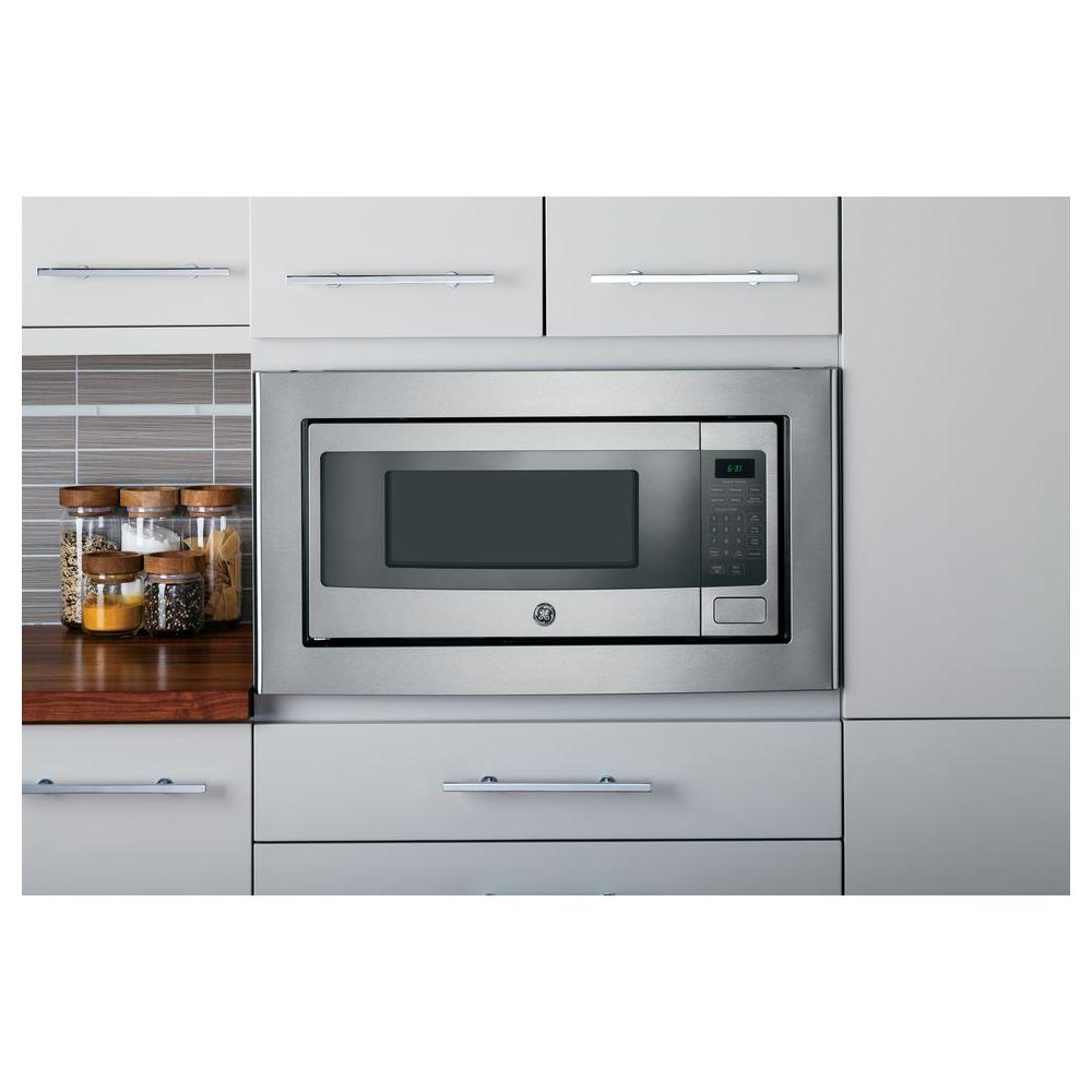 Ge Profile 1 Cu Ft Countertop Microwave In Stainless Steel With Sensor Cooking Pem31sfss The Home Depot