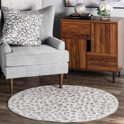 Leopard Print Gray 6 ft. x 6 ft. Round Area Rug