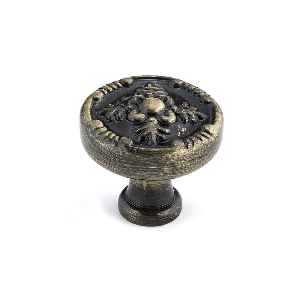 Richelieu Hardware 1-17/64 In. Antique English Cabinet