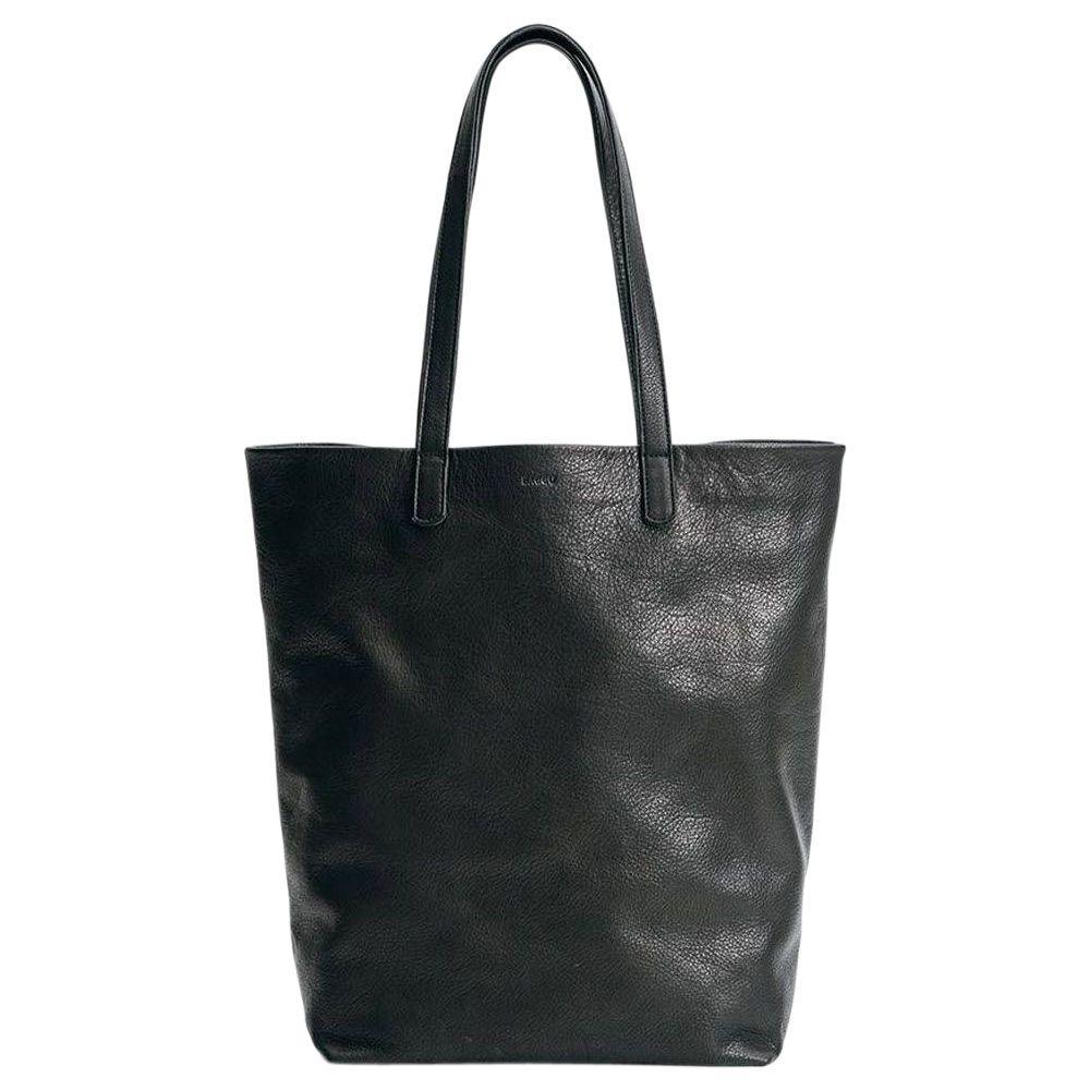 Basic Leather Tote Bag in Black