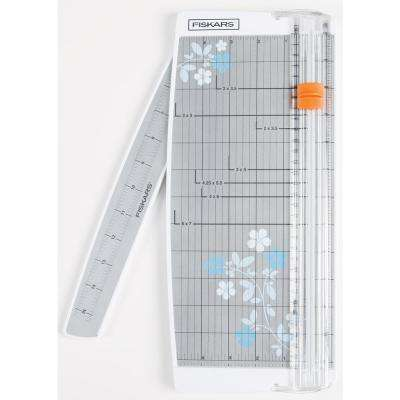 Portable Scrapbooking Paper Trimmer