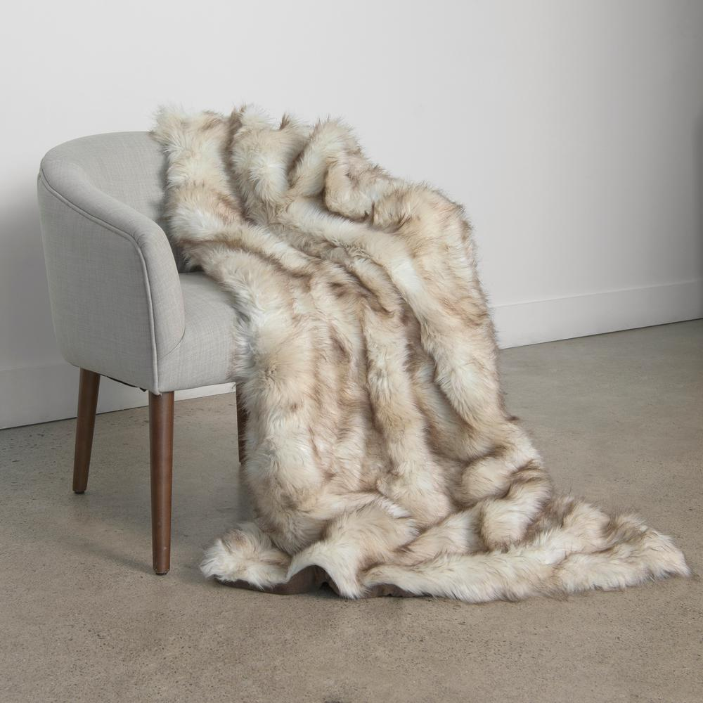 Best Home Fashion Champagne Fox Faux fur throw 54 in. x 36 in ... 1a44d1dc5676e