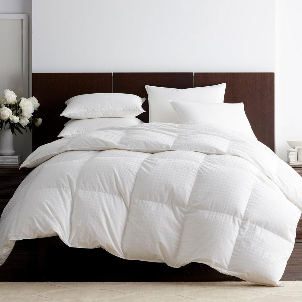 Legends Luxury Royal Baffled Medium Warmth White Oversized Queen Goose Down Comforter