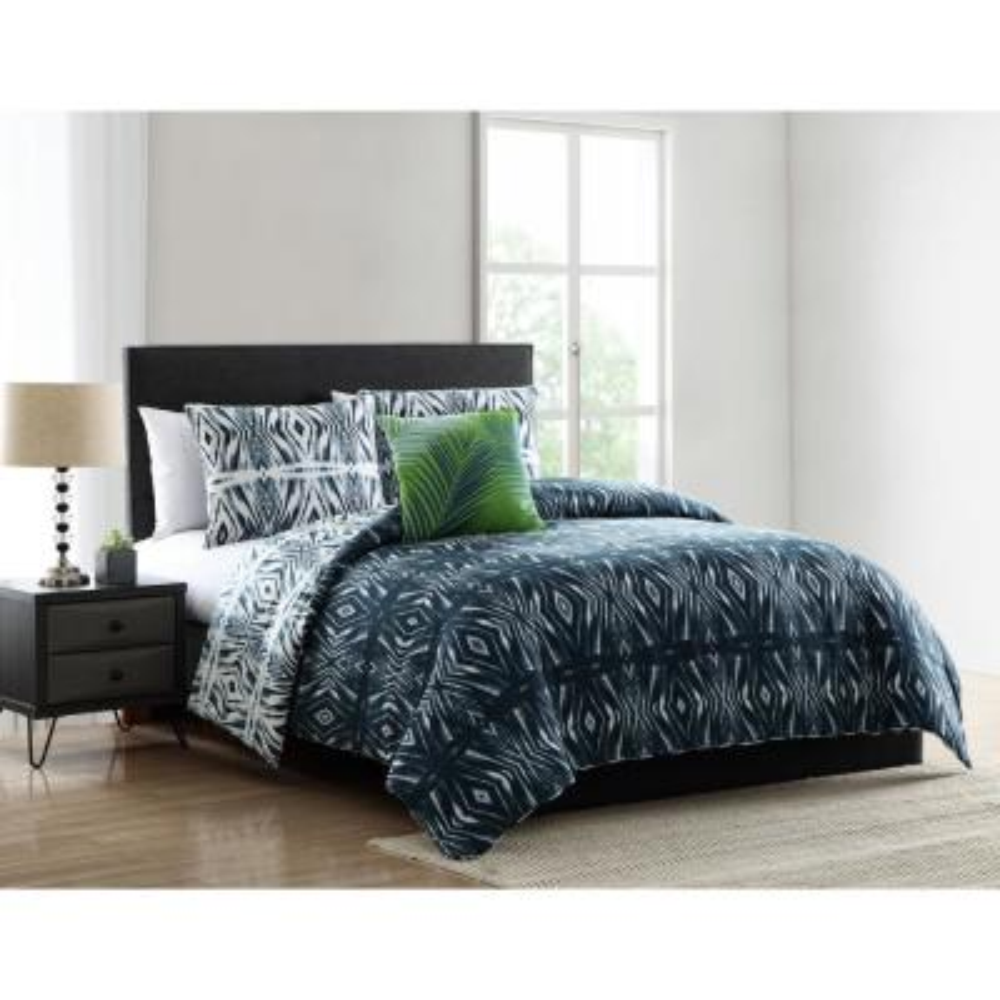 Paxton Blue Geometric Print Full/Queen Comforter Set