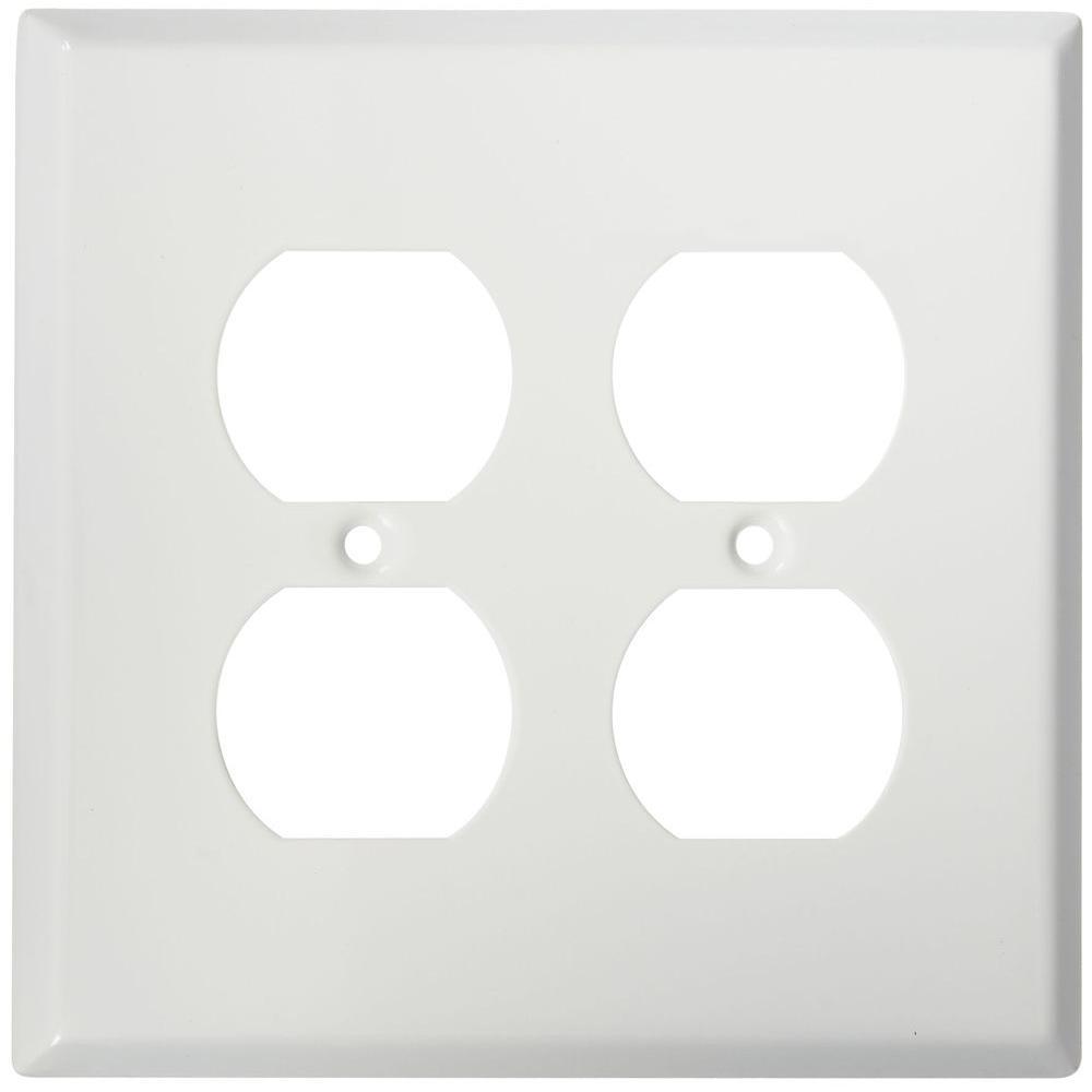 20-Amp Duplex Outlet - White