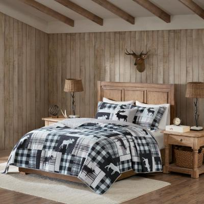 Sweetwater 4-Piece Black/Grey Full/Queen OversizedQuilt Set