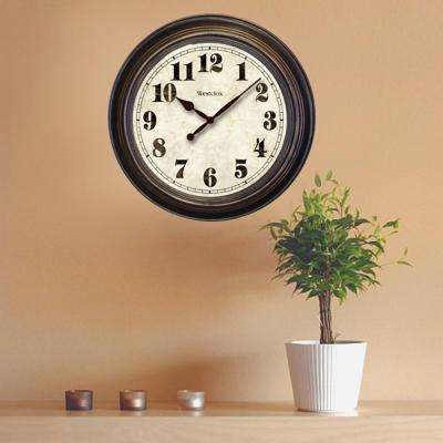 24 in. Round Wall Clock
