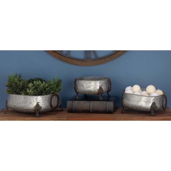 Litton Lane Large: 14 in., Medium: 13 in., Small: 10 in. Gray Iron Planters (3-Pack)