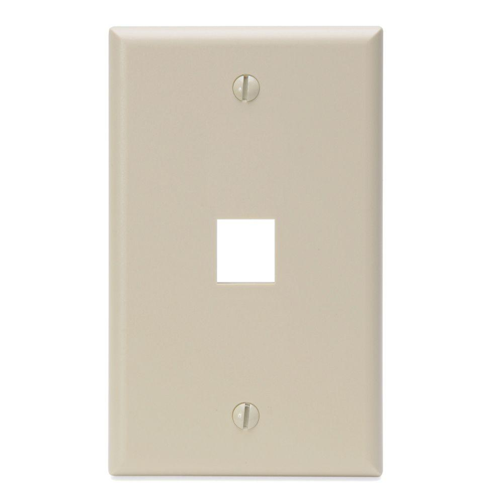 QuickPort 1-Port Ivory Midway Wall Plate