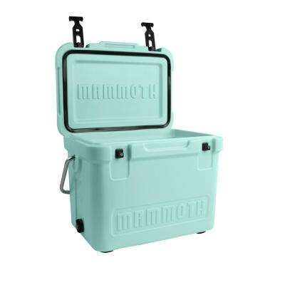 Cruiser Series 25 Qt. Chest Cooler in Seafoam